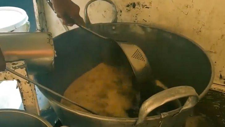 3 8 - Don Albino criou seus 12 filhos vendendo churros. Exemplo de superação!