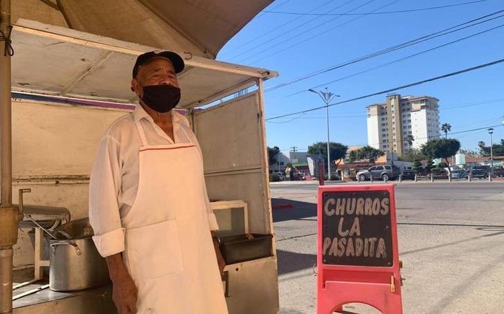 5 2 - Don Albino criou seus 12 filhos vendendo churros. Exemplo de superação!