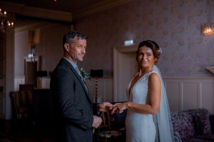 """1 12 - """"Diário de uma paixão"""": casal inglês se casa 22 anos depois de terminar. Eles nunca se esqueceram"""