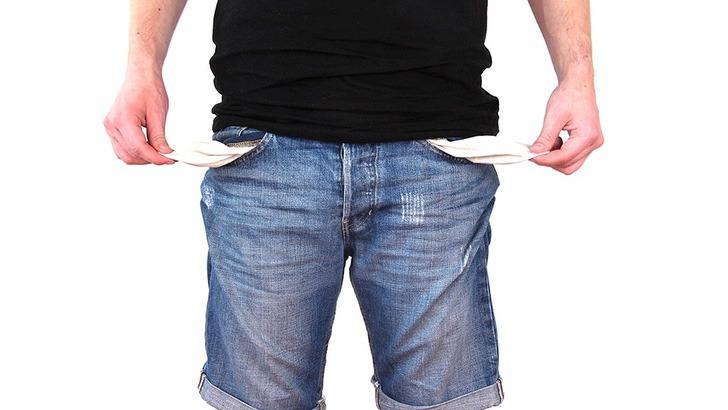 """no money 2070384 960 720 - Eletricista desempregado encontra trabalho depois de fazer um anúncio de papelão: """"Não posso pedir mais"""""""