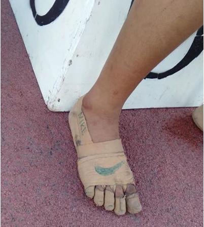 """Captura de Tela 352 Copia - Ela ganhou três medalhas de ouro com seu """"Nike"""" caseiro. Ela não precisava que o último modelo fosse o melhor!"""