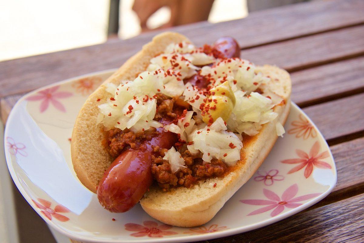 hot dog 1920632 1280 scaled - Rapaz perdeu o emprego com a pandemia e se recuperou abrindo barraca de Hot Dog